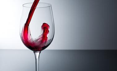 decantar copa vino