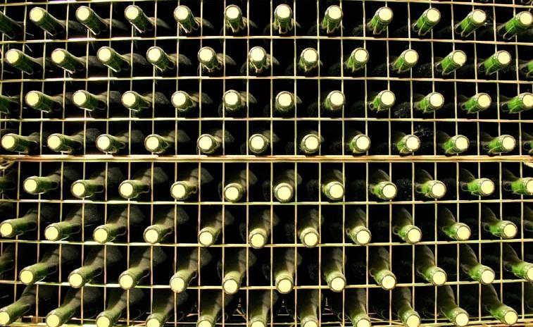 ¿Cómo mejora el vino Rioja en la botella?