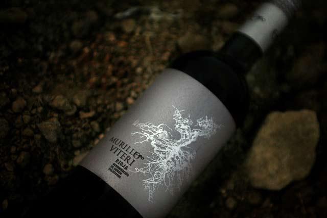 La crianza del vino tinto Rioja en botella
