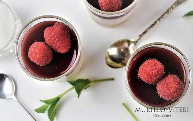 El postre navideño perfecto: Mousse de vino tinto